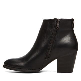 Ocerraclya by Globo Shoes